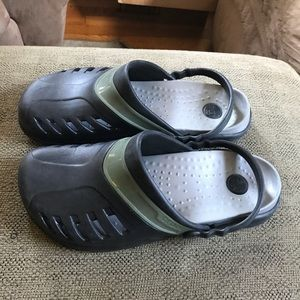 CROCS Shoes - Men's croslite crocs